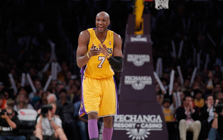 Eski Lakers yıldızı boksa geçiyor